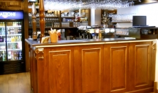 002 Bar